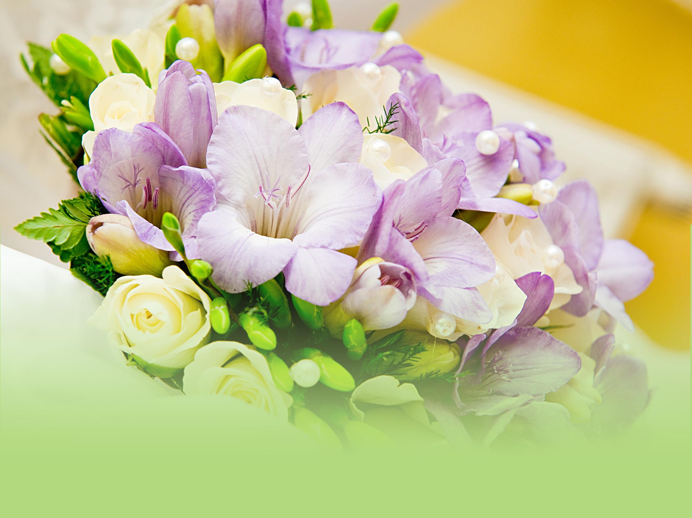 offrir des fleurs par internet interesting ballotin de chocolats bouquet de chocolats bouquet. Black Bedroom Furniture Sets. Home Design Ideas